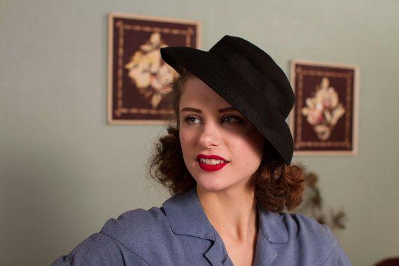 1940's Soft Felt Brimmed Topper Hat