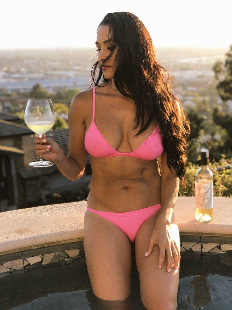 Bikini cyst line sebaceous