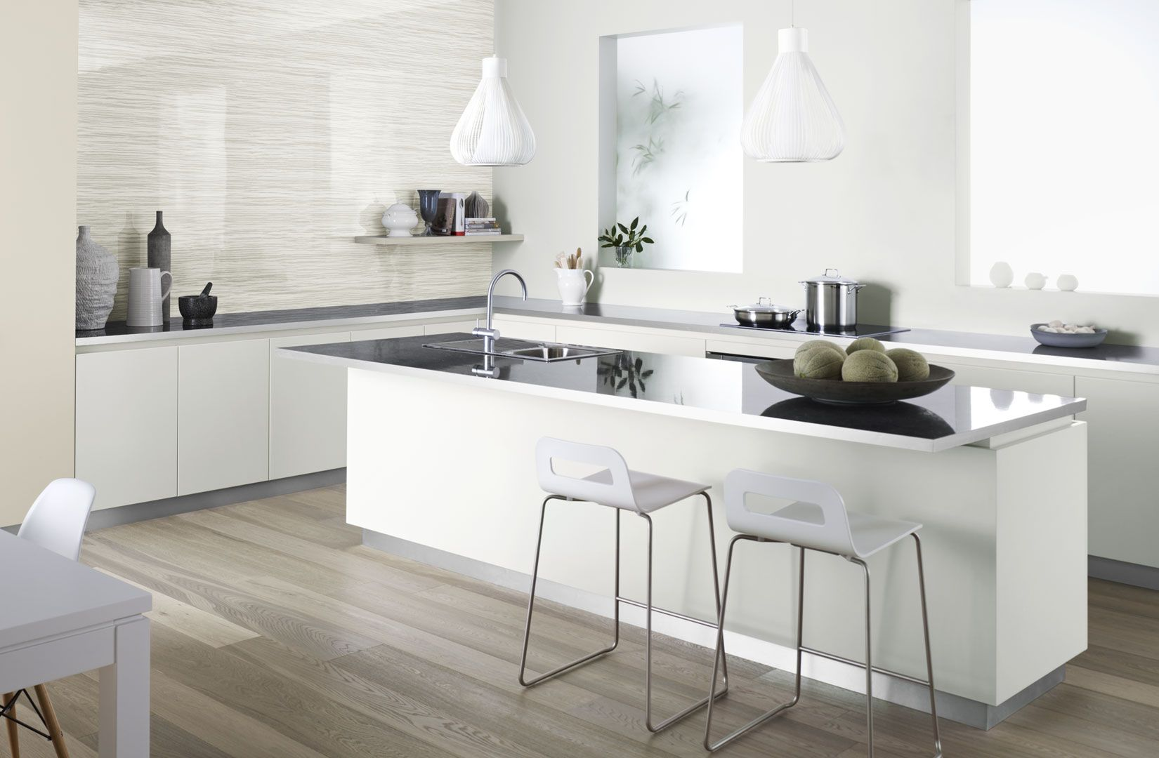 White Kitchen Grey Splashback diamond gloss benchtop with brushed metal edging and brushed