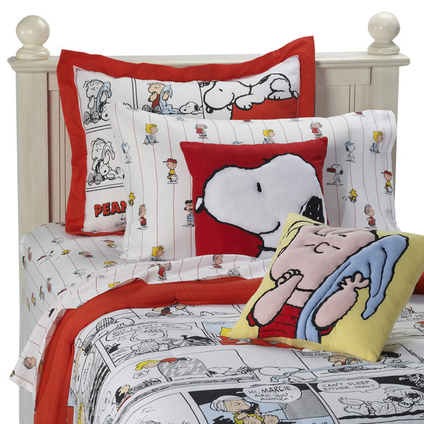 Peanuts Comic Strip Mini Comforter Set And Accessories Bed Bath