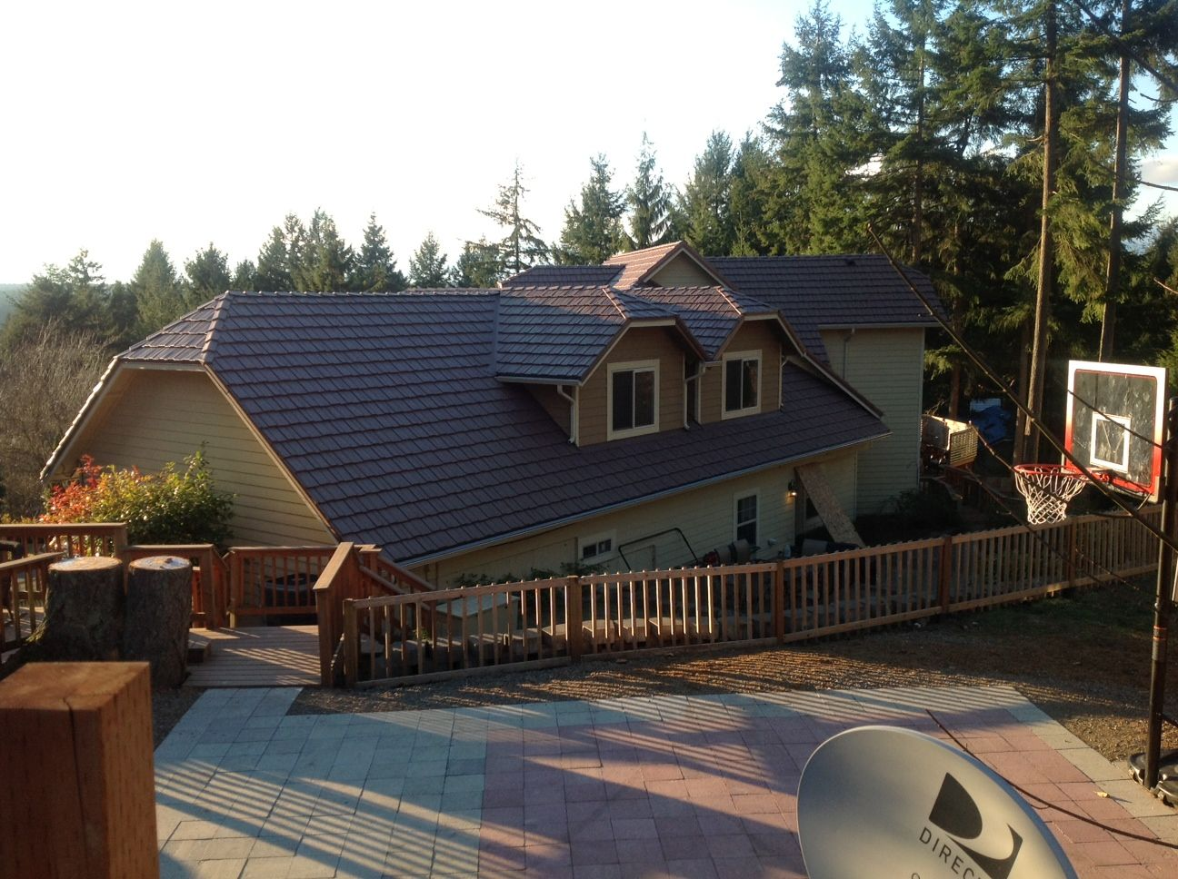 Best Classic Metal Roofing Country Manor Shake Aged Bronze 400 x 300