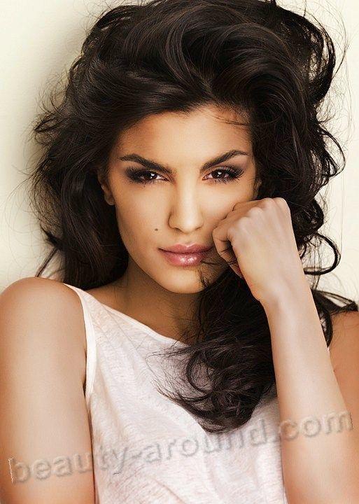 Aylar dianati iranian models doesn't