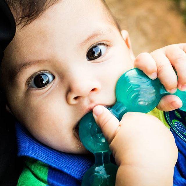 pense num bebê dum olhão!! dou conta de tanta gostosura não! >.< #fotografiadefamilia #fotografiadebebe #fotografiainfantil #fotografiadecriança #brasilia #mariliaalvesfotografia #igersbrasil #igersbrasilia