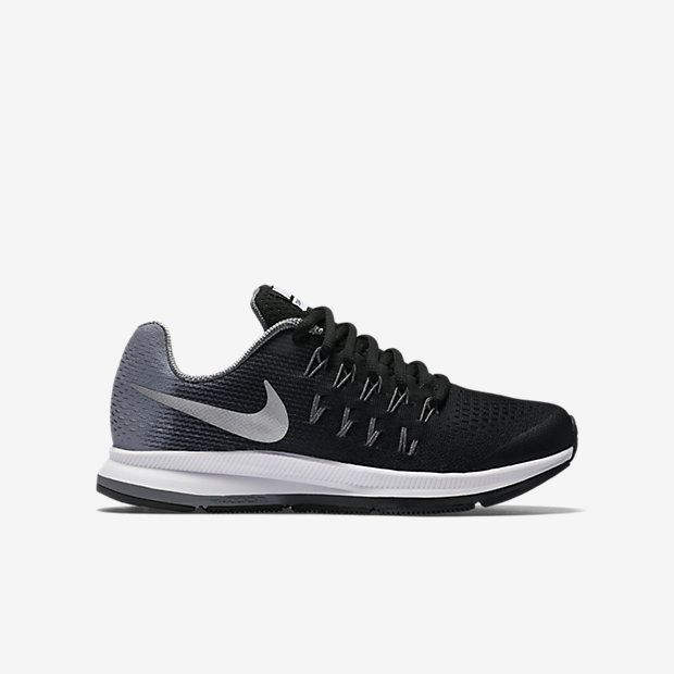 Nike Air Zoom Pegasus 33 (13.5-6) Older Kids' Running Shoe