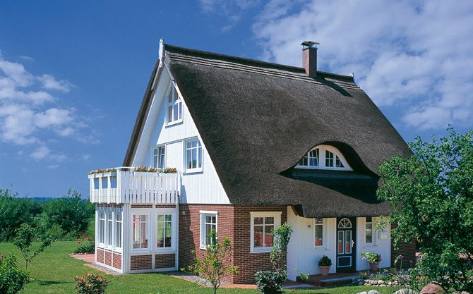 haacke haus fertighaus im landhausstil fertigh user pinterest haus and house. Black Bedroom Furniture Sets. Home Design Ideas