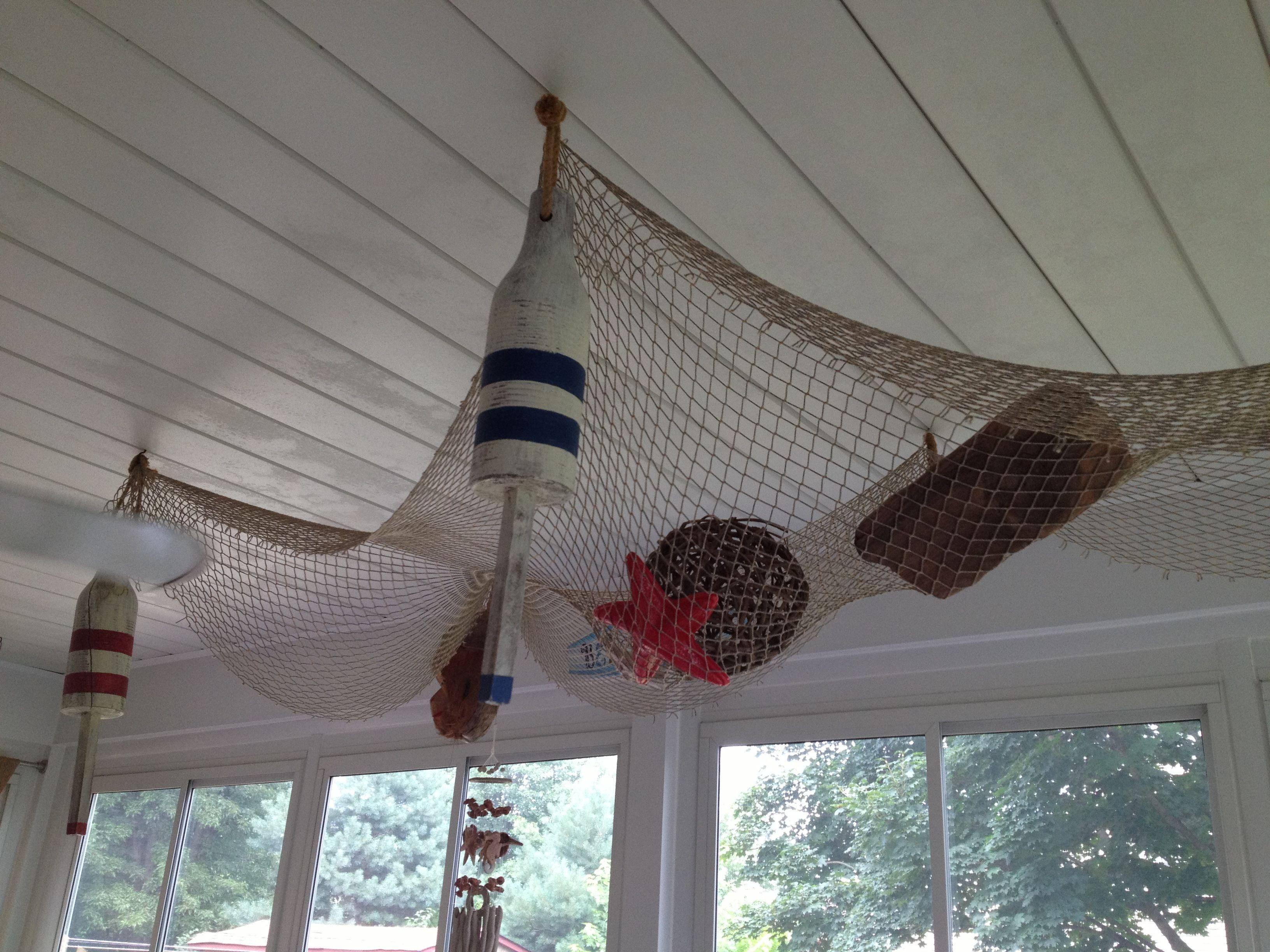 Fish net on ceiling | Beach inspired decor | Pinterest ...