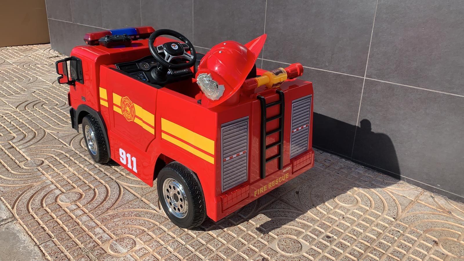 Camión De Bomberos 12 Voltios Infantil Rc Con Accesorios Incluidos En 2020 Camion De Bomberos Coche Para Niños Bomberos