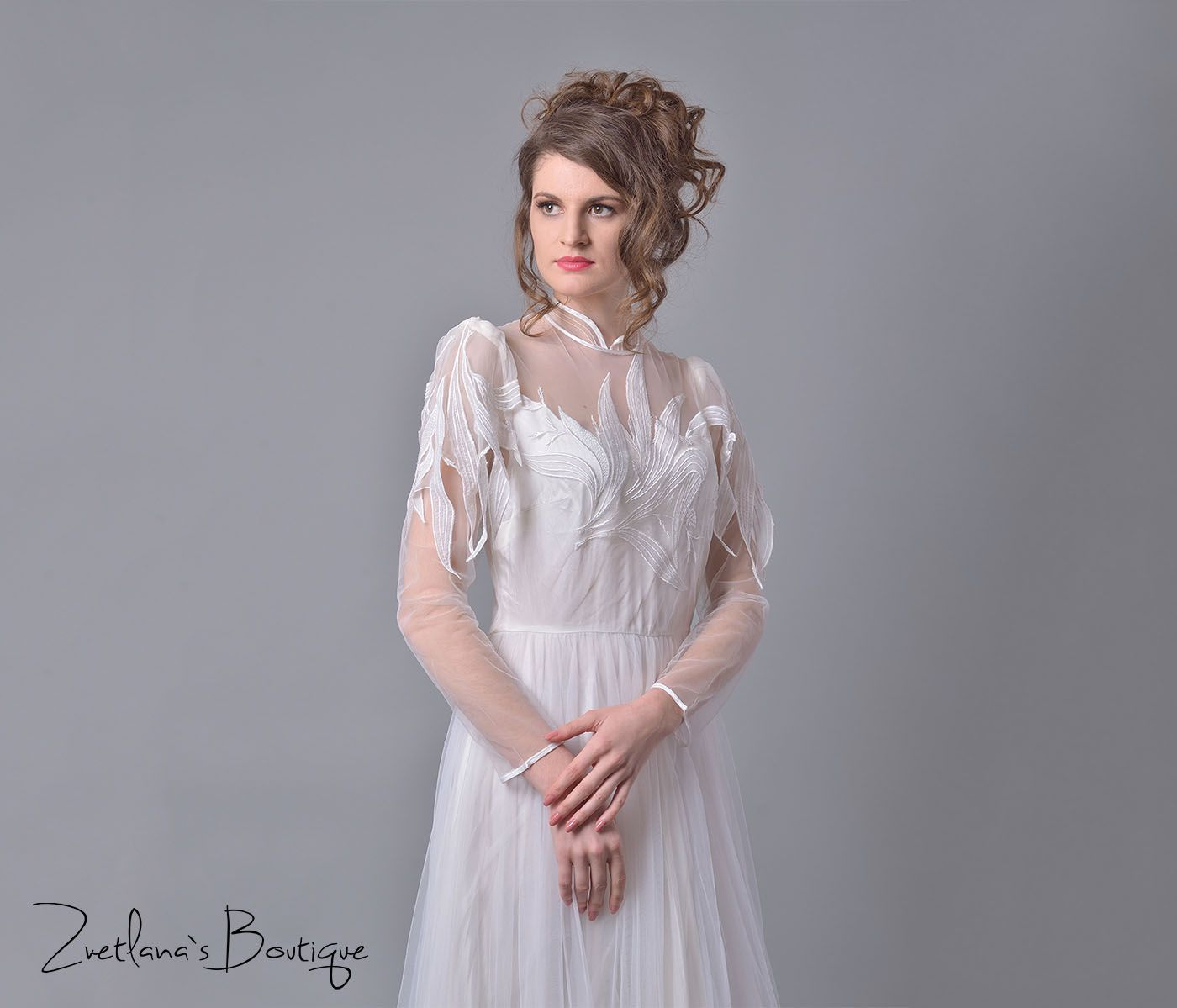 Cordelia is a vintage wedding dress from the s  Wedding dresses