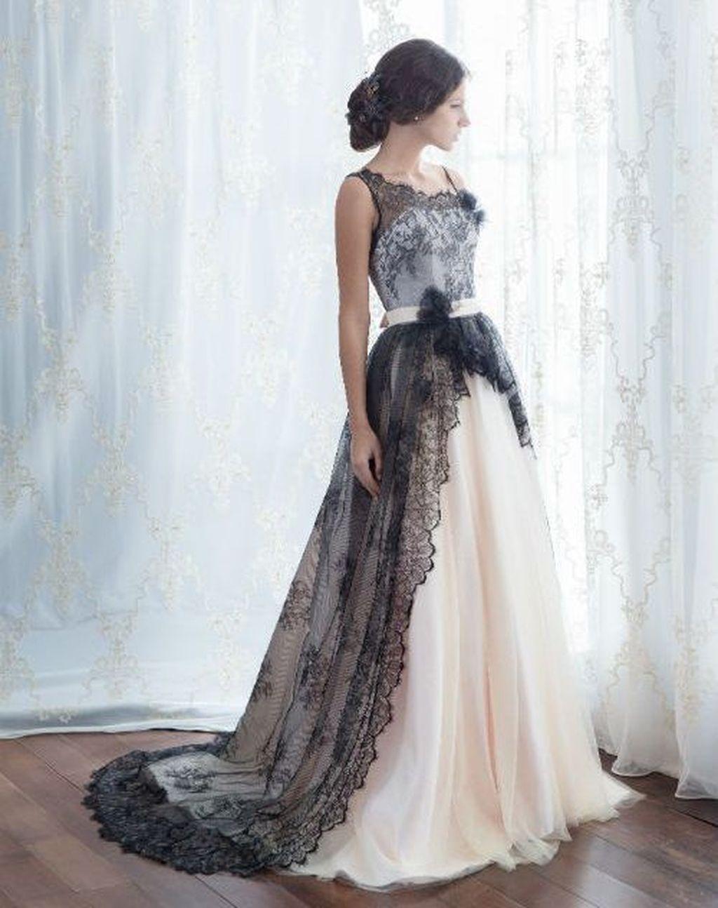 stunning halloween wedding dress ideas you will love to try