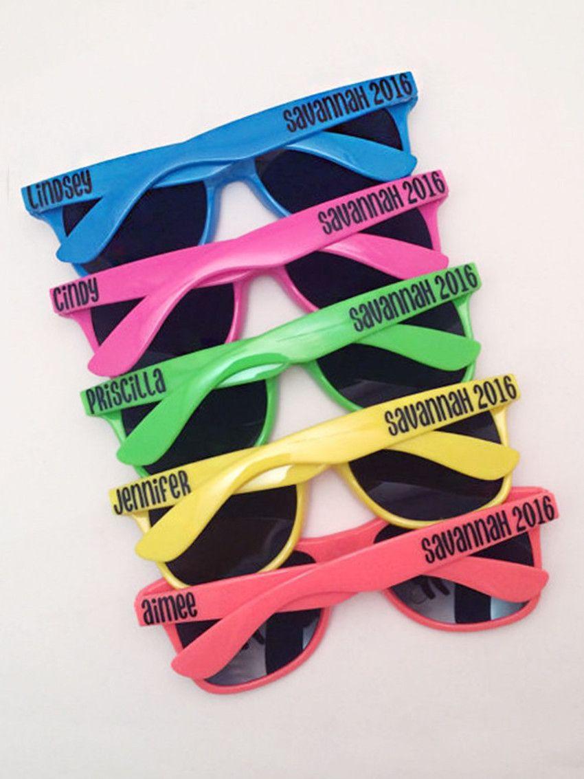 Óculos-personalizado   Ideias formatura   Pinterest   Party, Neon ... 26e2358f19