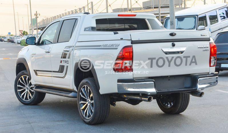 2020 Model Toyota Hilux Dc 4 0l V6 4wd Trd A T Segrex Cars In 2020 Toyota Hilux Toyota Trd