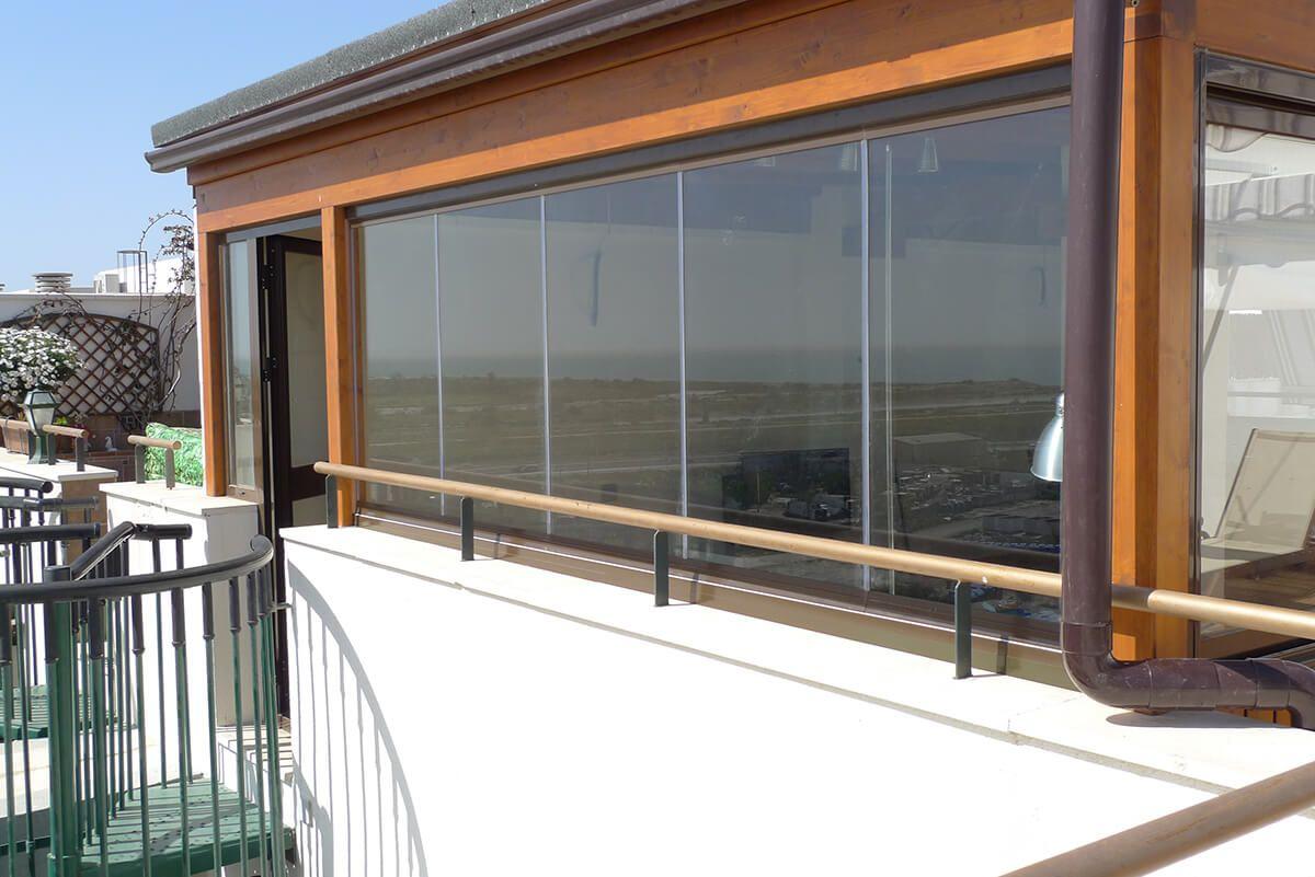 Coberti vista exterior de ampliaci n de vivienda en madera con ventanas de pvc y cerramientos - Cerramientos de madera ...