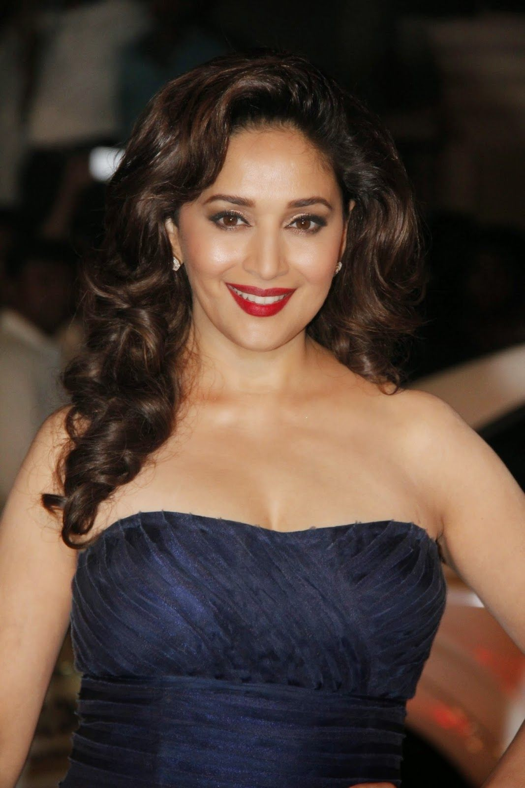 Madhuri Dixit Hot Photo Shoot Stills At 60Th Filmfare -9996