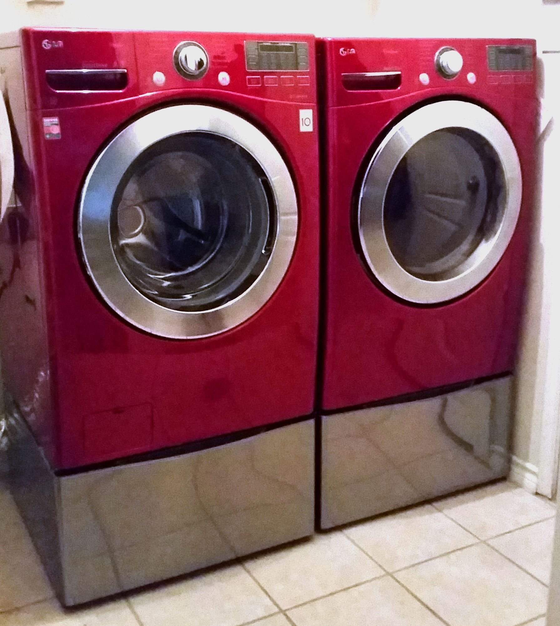 Cherry Red Lg Washer And Dryer With Graphite Pedestals Red Washer And Dryer Laundry Pedestal Laundry