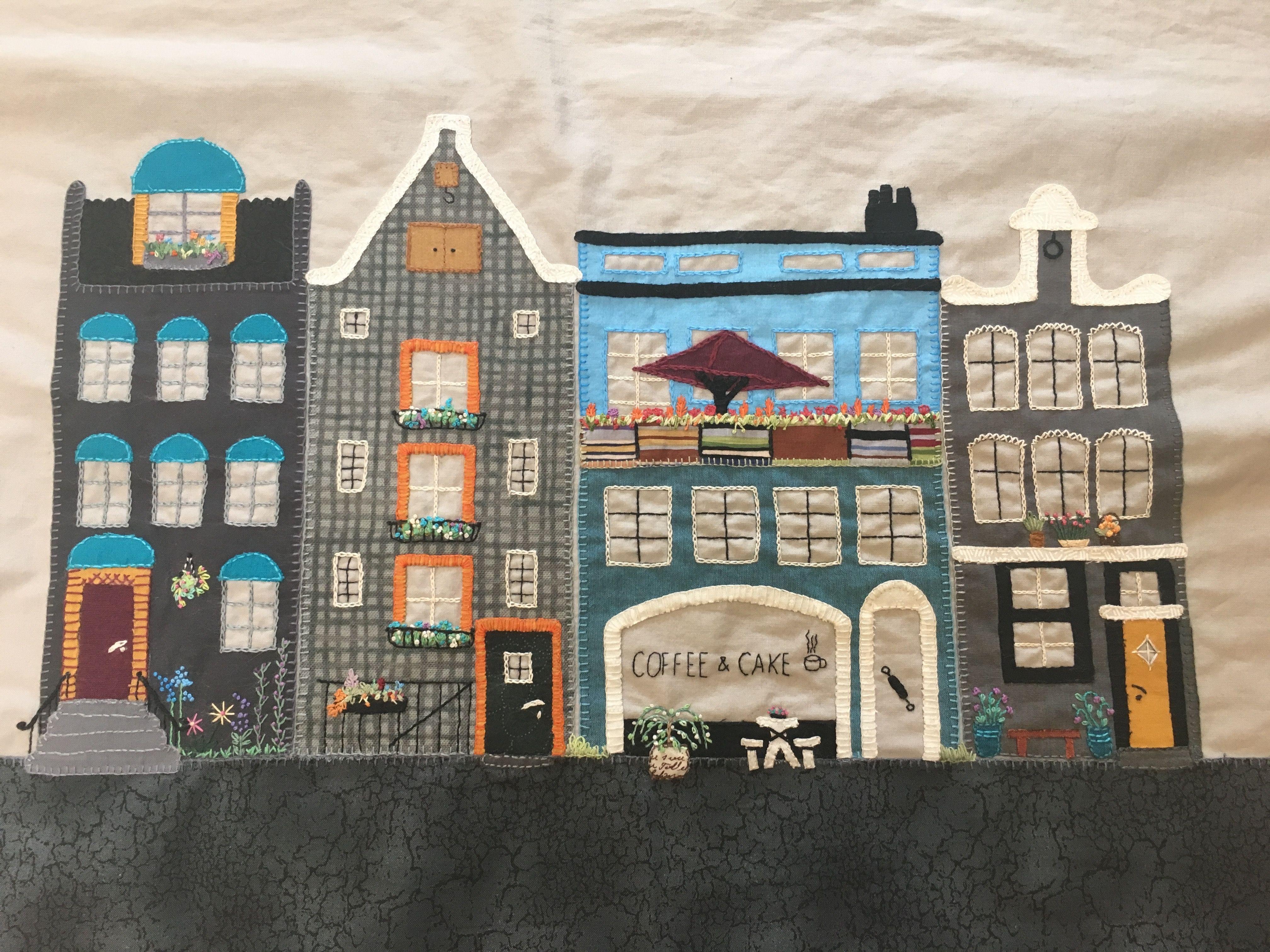 Disse fine Amsterdamhuse er syet af min kursist Lisbeth Billesbølle hos Tante Andante i foråret 2017.