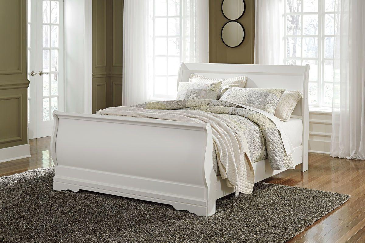 Best Ashley Anarasia White Queen Sleigh Bed White Headboard 400 x 300