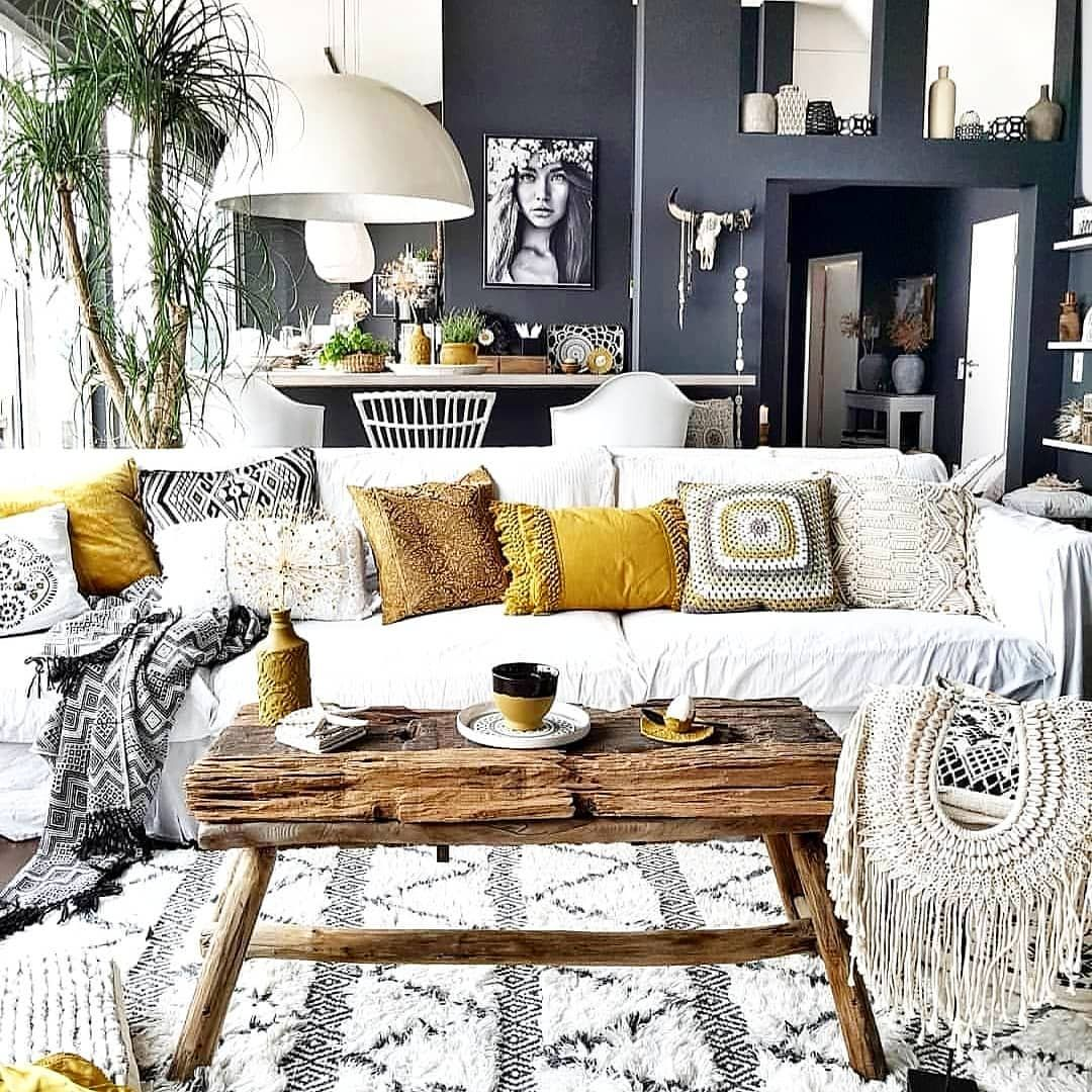 Chic Luxe Boho Home Decor Ideas You Ll Absolutely Love Boho Chic Living Room Bohemian Living Room Decor Chic Living Room