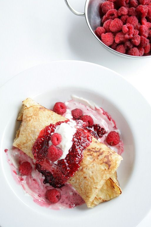 whipped mascarpone and raspberry ice cream stuffed crepes | doughmesstic