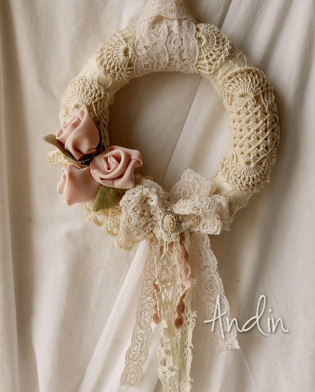 shabby chic v nec lace wreath shabby chic pinterest. Black Bedroom Furniture Sets. Home Design Ideas
