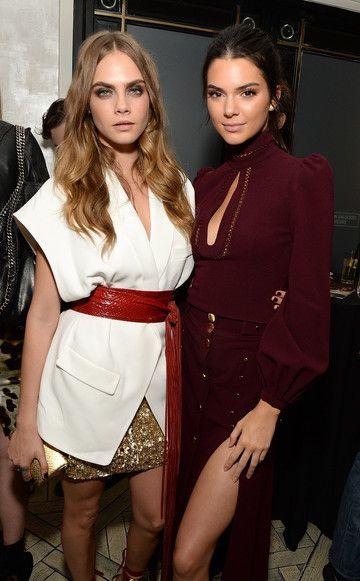 """Fashion-Dreamteam: Cara Delevingne und Kendall Jenner (v. l.) bei der Afterparty zum Screening von""""Margos Spuren"""" in L.A. (in der Verfilmung des John-Green-Romans ist Cara übrigens in der Rolle der Margo zu sehen)"""