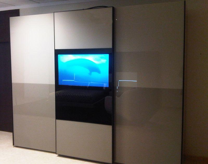 Muebles de diseño con televisiones integradas. La modernidad llega a tu dormitorio #mueblesmodernossevilla