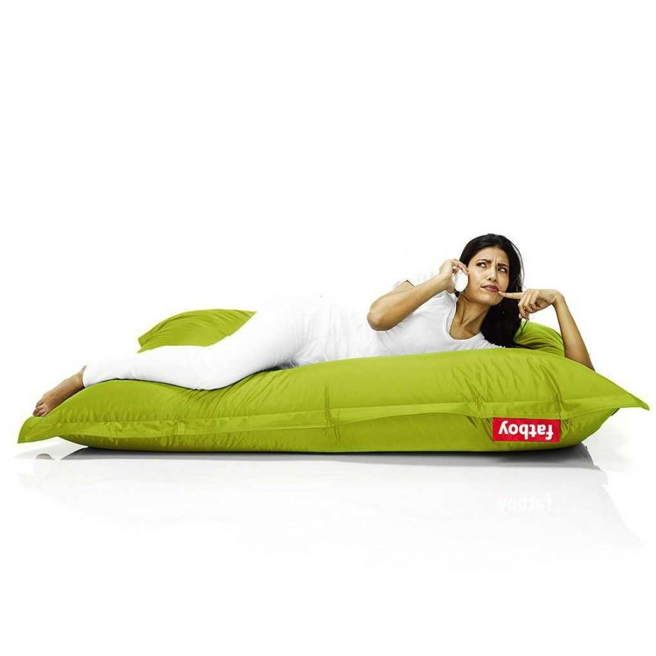 Fatboy The Original Bean Bag - Lime Green: Designed by Jukka Setälä, Fatboy's Original immediately became a firm favourite everywhere.   A decade on and the Original with its oversized Fatboy label has become a true icon of modern living. Sit, lie or lounge any way you like. The Original will follow the shape of your body for maximum comfort yet retain its perfect shape thanks to its high quality EPS filling. Its strong nylon fabric is almost completely indestructible.  Renowned for its…