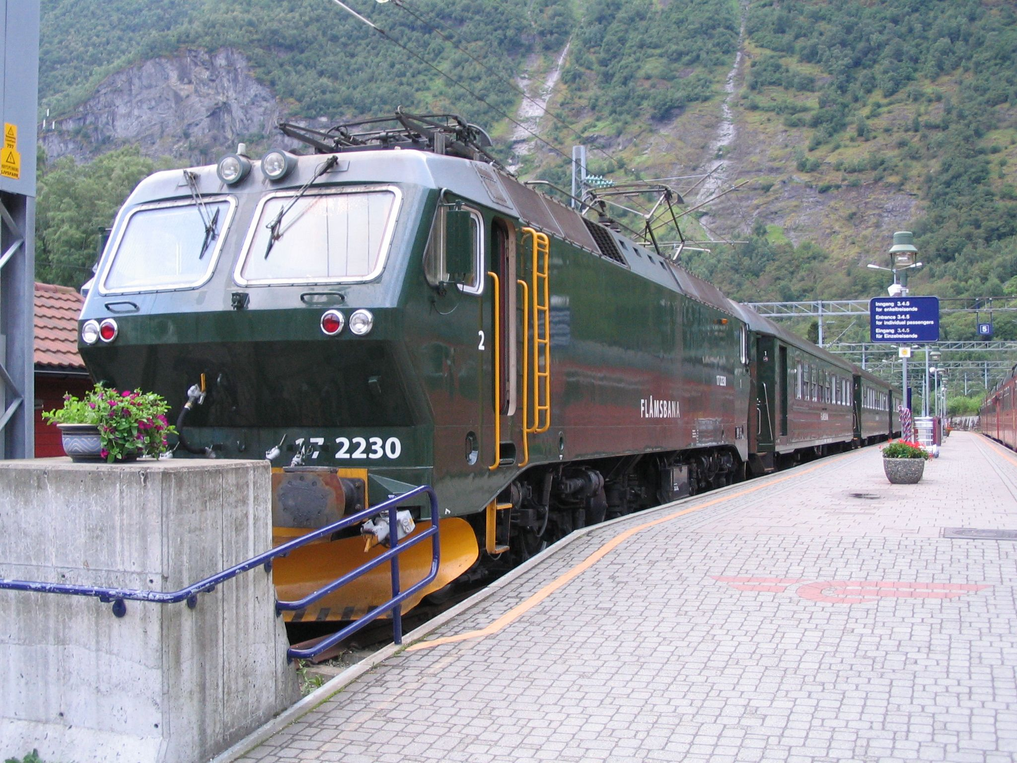 Norway Train Flamsbana Flam Norway Norway Pinterest Norway Places And