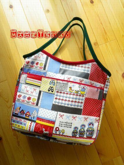 0~2歳児クラスの保育園通園用バッグです。とくかく大きくて荷物がいっぱい入ります!このバッグのコンセプトはブログをご参照ください。http://goods-b...|ハンドメイド、手作り、手仕事品の通販・販売・購入ならCreema。