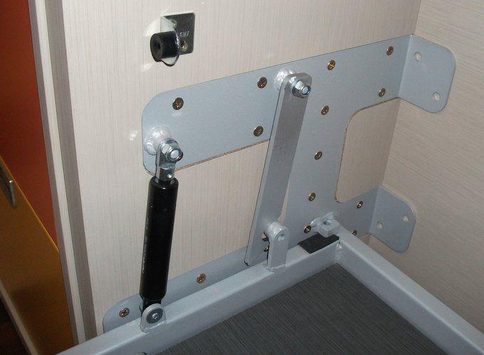Dscf2464 mesas muebles pinterest camas camas for Mecanismo cama abatible