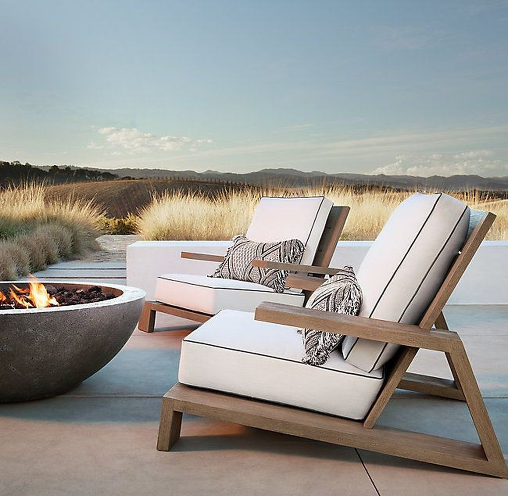 20 Comfy Outdoor Chair Furniture Design Ideas Trenduhome Teak Lounge Chair Lounge Chair Outdoor Outdoor Chairs
