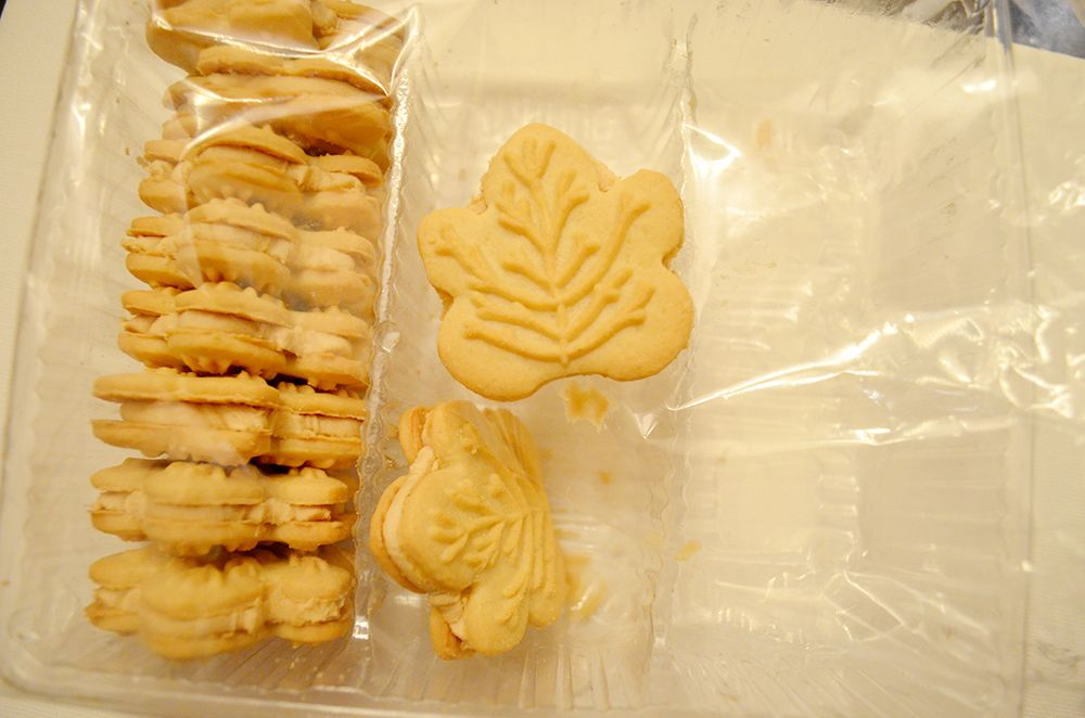 Canadian Maple Syrup Cream Cookies World Of Snacks