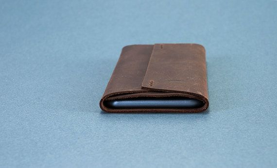 The centre stitch case. iPhone leather case iPhone 6 by NOSTITCH