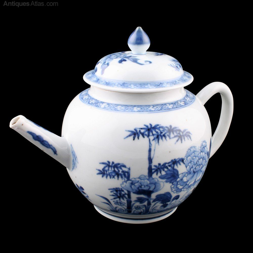 Antiques Atlas 18th Century Chinese Porcelain Tea Pot Antique Ceramics Tea Pots Porcelain Teapot