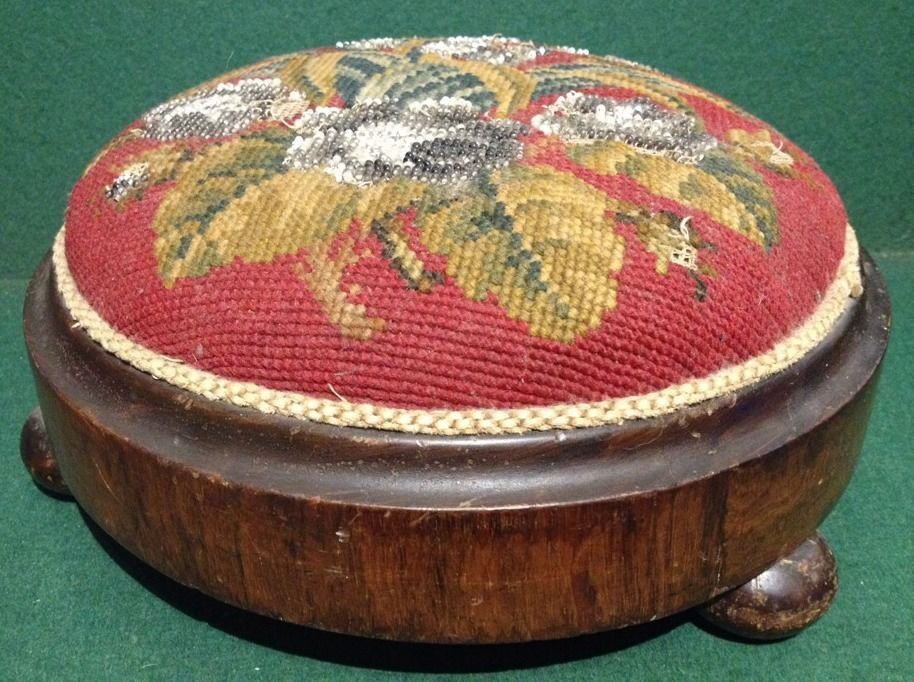 Victorian Beaded Berlin Woolwork Ladies Footstool / Bun Feet Knealing Stool
