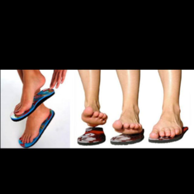 e81213b8becb2 I am soooo buying these strapless sandals!!! They are sticky so your feet  stick