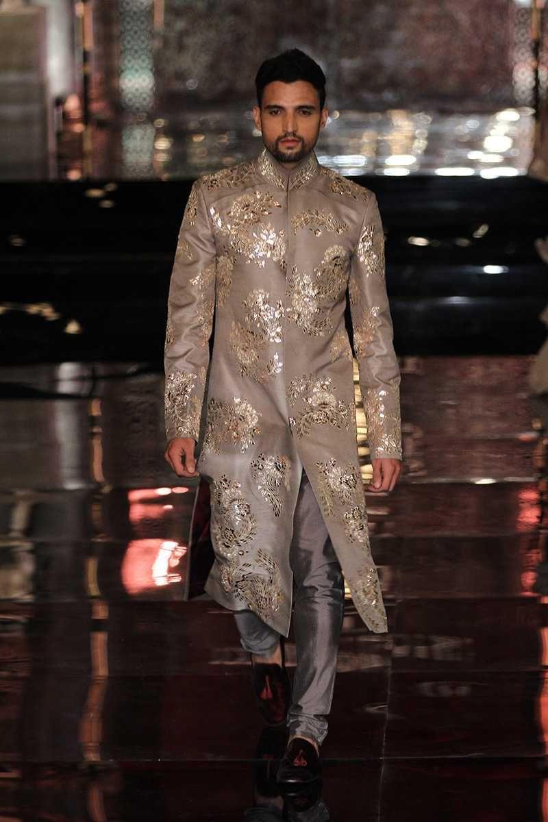 Manish malhotra india couture week pm indiancouture