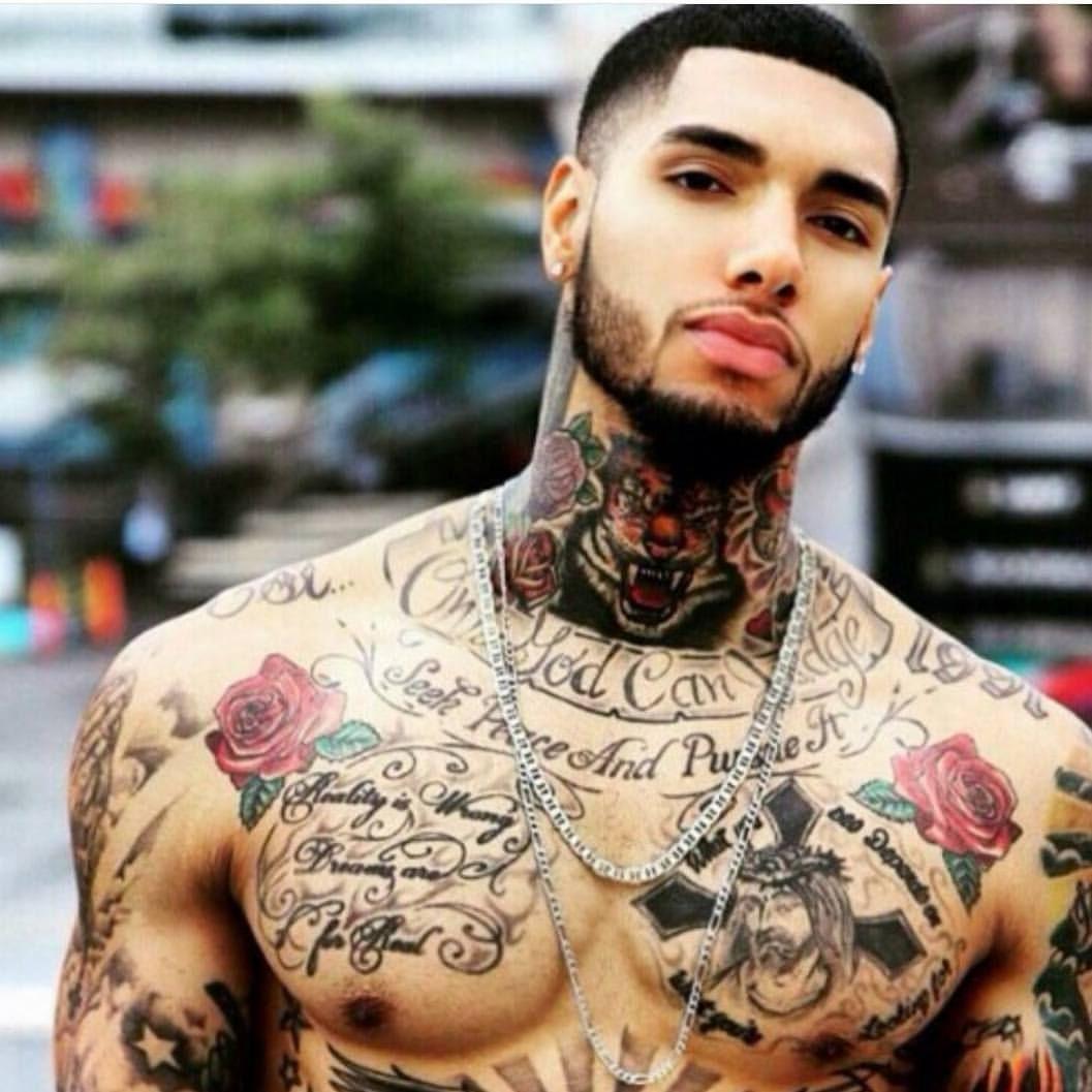 30 Beautiful Tattoos On Dark Skin Tatuagens Em Pele Negra Tatoo Pele Negra