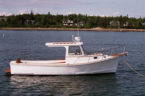 Inboard cabin cruiser hard top downeast duffy 26 for Best small cabin boats