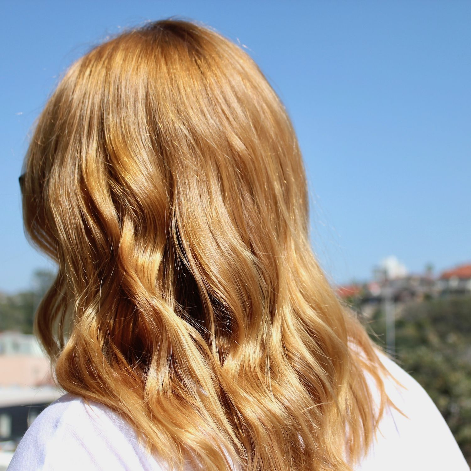 Warm Honey And Gold Blonde Highlights Gold Blonde Hair Gold
