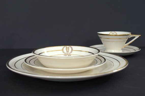 Vintage White Dinnerware Set with 23K Gold by 2ndHandChicc on Etsy & Vintage White Dinnerware Set with 23K Gold by 2ndHandChicc on Etsy ...