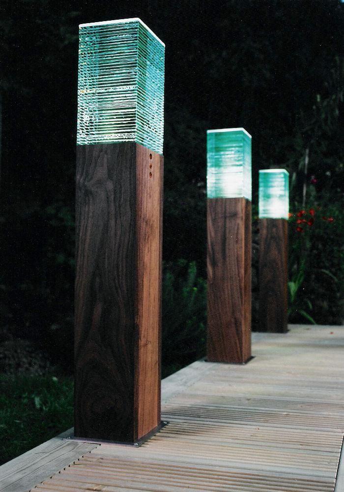 borne ext rieure en bois led grande bois. Black Bedroom Furniture Sets. Home Design Ideas