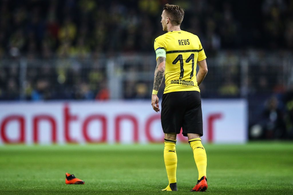 Dortmund Germany October 03 Marco Reus Of Borussia Dortmund Loses His Shoe During The Group A Match Of The Uefa Champions L Borussia Dortmund Dortmund Reus