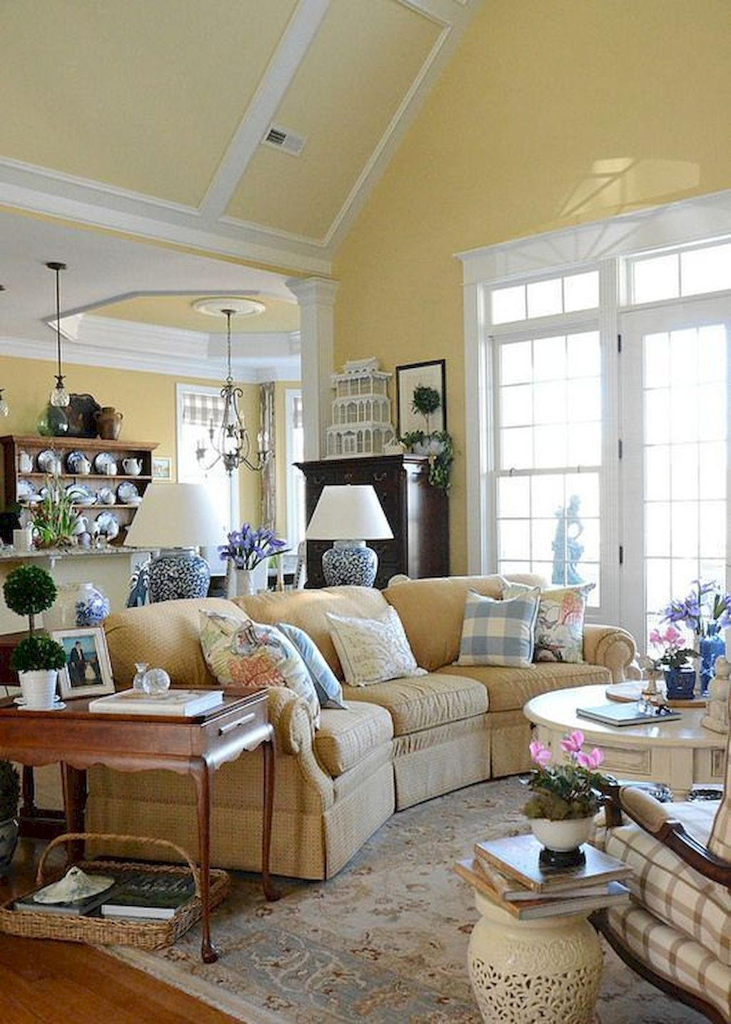 57 Gorgeous French Country Living Room Decor Ideas French