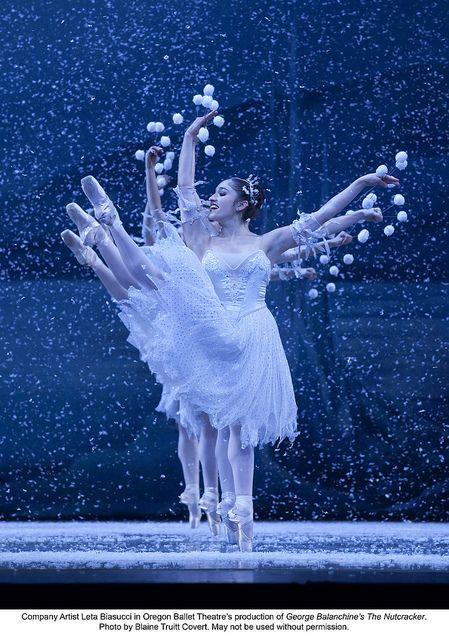 "Oregon Ballet Theatre ""Snow"" George Balanchine's The Nutcracker Oregon Ballet Theatre's production of ""George Balanchine's The Nutcracker"" Photo by Blaine Truitt Covert."