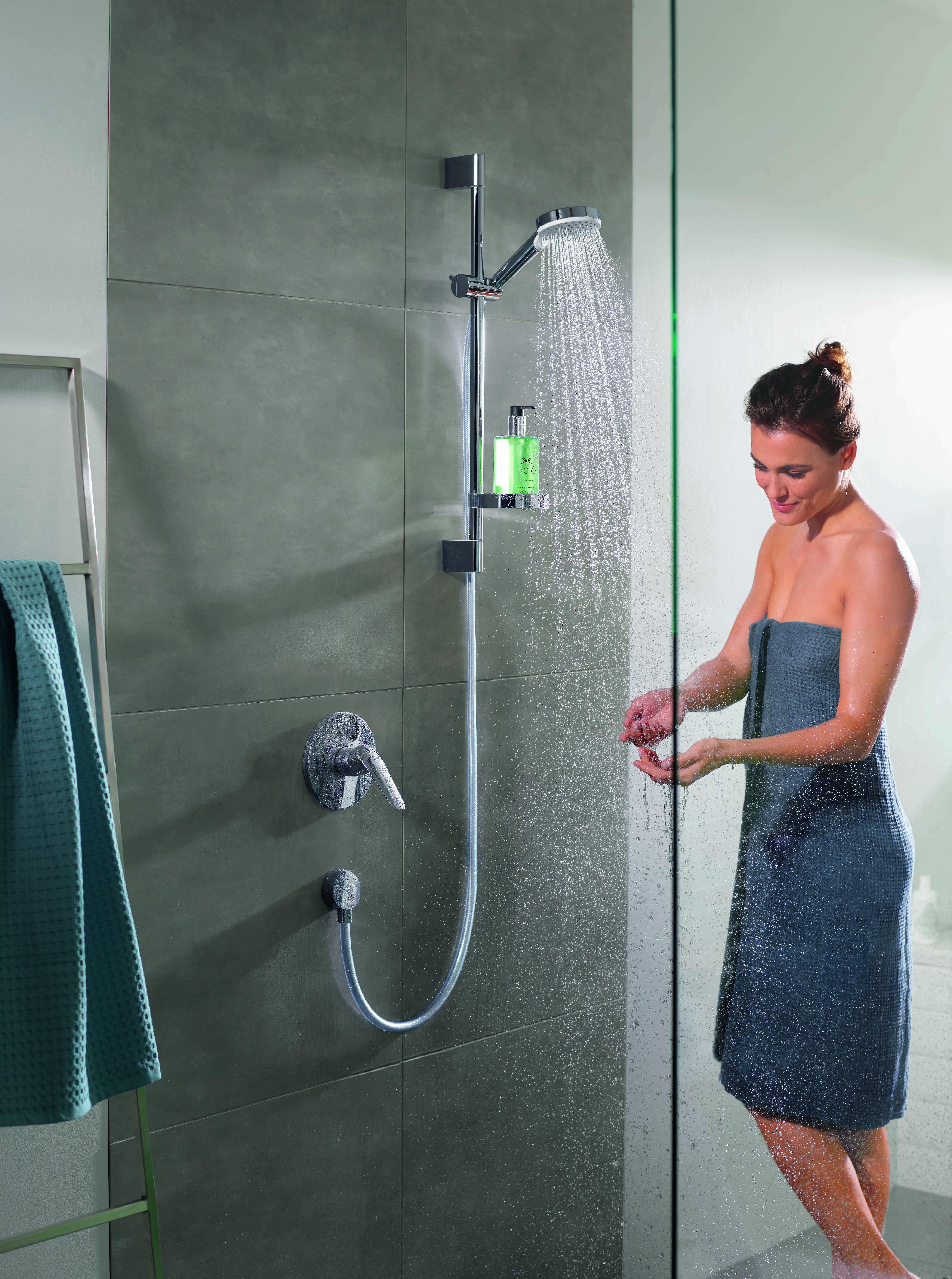 Modern bathroom mixers: hansgrohe Novus shower mixers work well with ...