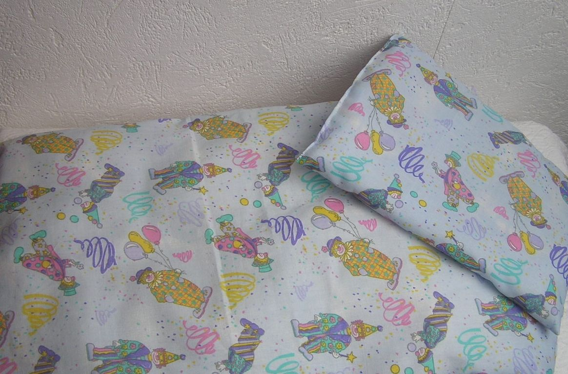 oreiller landau Couette et oreiller pour landau de poupée,poupon, petits clowns  oreiller landau