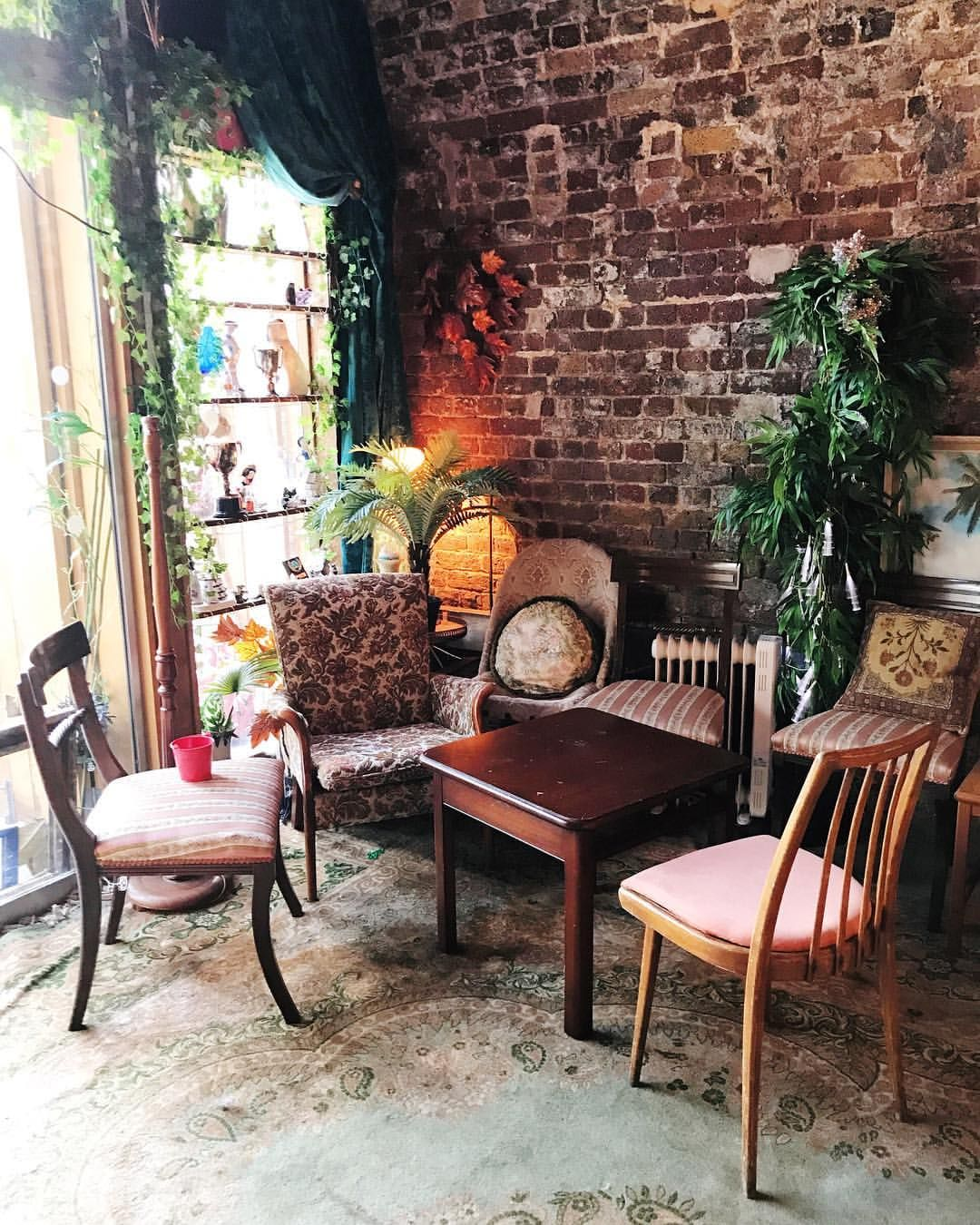 "21 Me gusta, 2 comentarios - Jaymie (@jaymieoc) en Instagram: ""Ever been to Little Nans in Deptford? It's full of eclectic shit and it's completely great. I think…"""