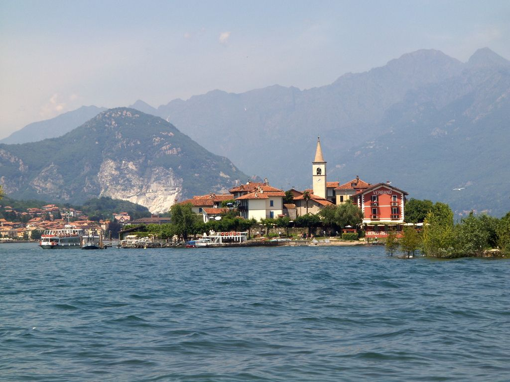 Lago Maggiore, the most beautiful lake nestled in between