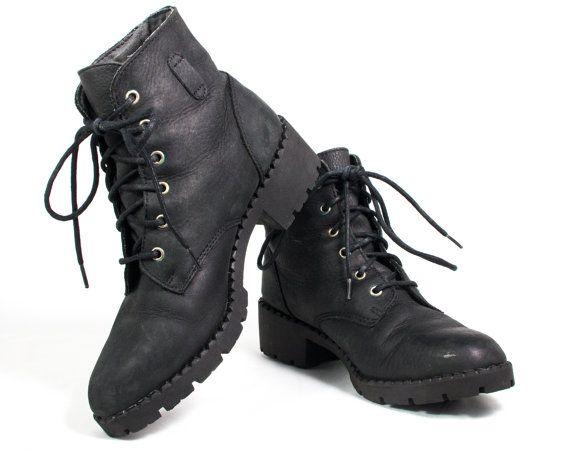 c18f637ff71 VTG 90's Matte Black Leather Granny Boots size 8 Women's Hiking ...