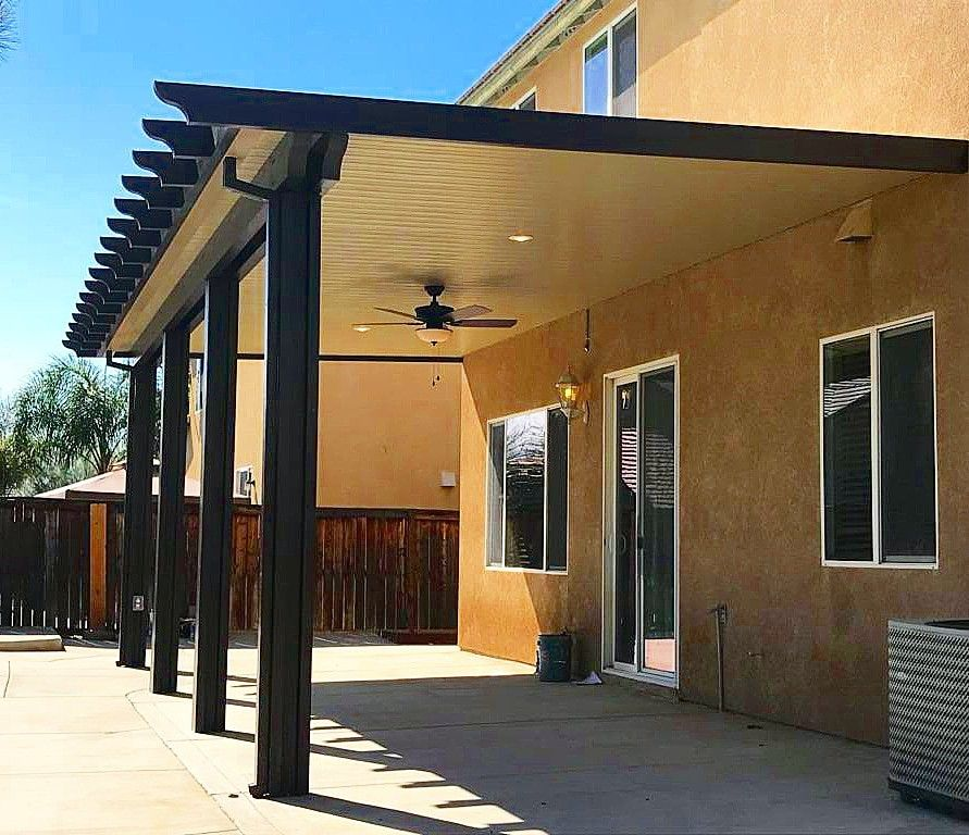 Two Tone Solid Elitewood Patio Cover With Heavy Duty Gutter